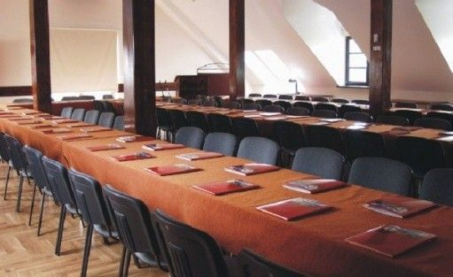 zdjęcie sali konferencyjnej, Kontrast, Kraków
