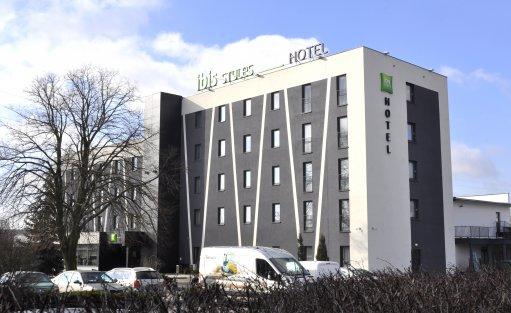 Hotel *** ibis Styles Warszawa West / 0