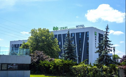 Hotel *** ibis Styles Warszawa West / 1