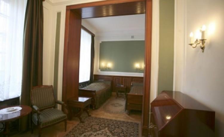 zdjęcie pokoju, Dom Zjazdów i Konferencji Polskiej Akademii Nauk, Jabłonna