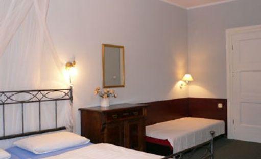 zdjęcie pokoju, Dworek Sople, Małdyty