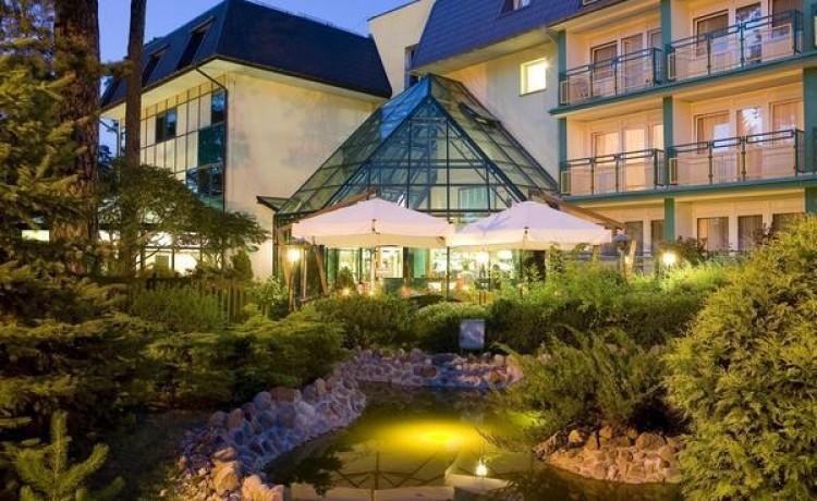 zdjęcie obiektu, Hotel WARSZAWA***, Augustów
