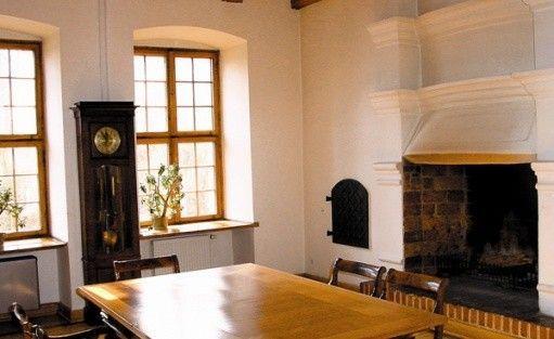 zdjęcie pokoju, Zamek Tuczno Dom Architekta SARP, Tuczno