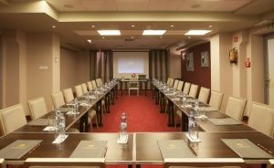 zdjęcie sali konferencyjnej, Hotel Tęczowy Młyn, Kielce