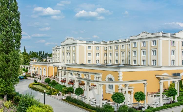 Hotel **** Hotel Windsor **** w Jachrance nad Zegrzem / 1
