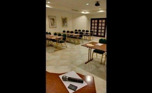 zdjęcie sali konferencyjnej, Warsaw Apartments, Warszawa