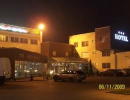 Hotel/Motel Domino