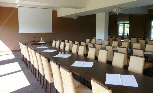 zdjęcie sali konferencyjnej, Hotel Gniecki, Przejazdowo
