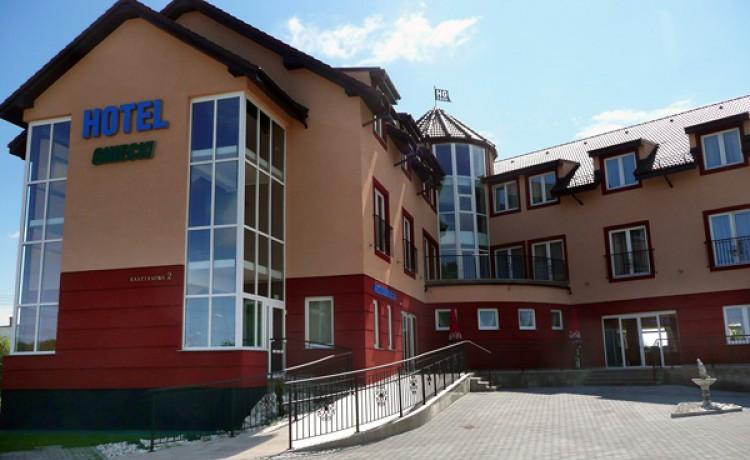 Hotel *** Hotel Gniecki *** / 0
