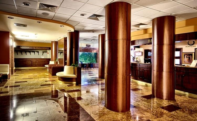 Hotel **** Grand Royal Hotel / 0