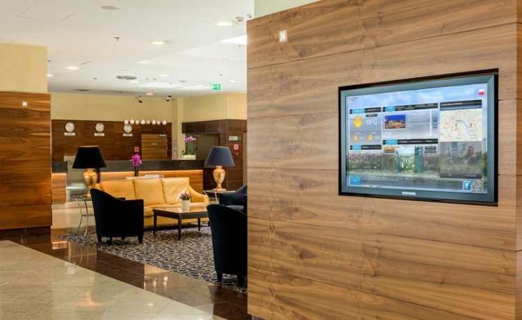 GoBoard w lobby hotelu