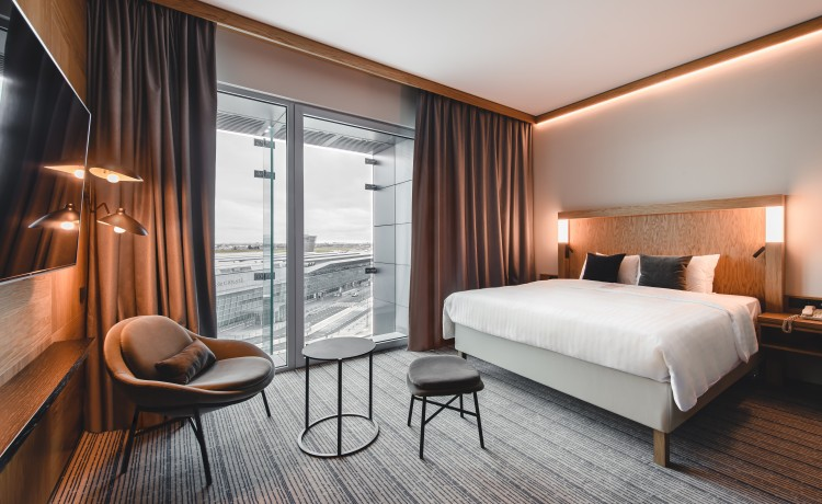 Hotel **** Courtyard by Marriott Warsaw Airport / 19