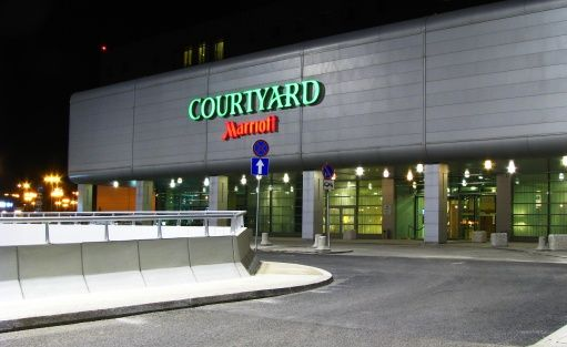 Hotel **** Courtyard by Marriott Warsaw Airport / 6