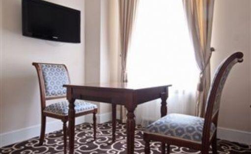 zdjęcie pokoju, Pałac Zegrzyński, Zegrze