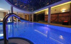 Hotel Kryształ **** Conference & Spa Hotel **** / 0