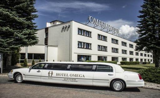 Hotel *** Omega Hotel / 0