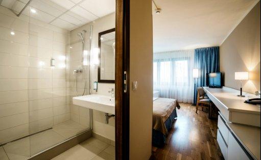 Hotel *** Omega Hotel / 9