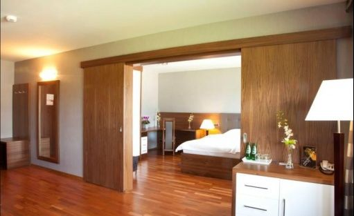 Hotel *** Omega Hotel / 4
