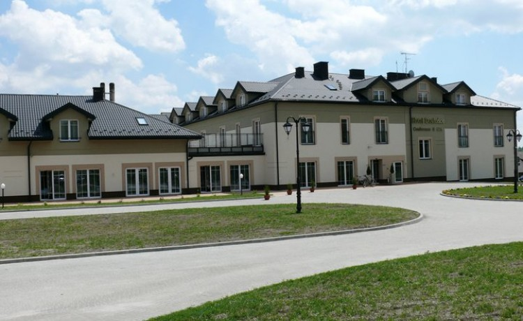 Hotel **** Mercure Racławice Dosłońce Conference & SPA / 1
