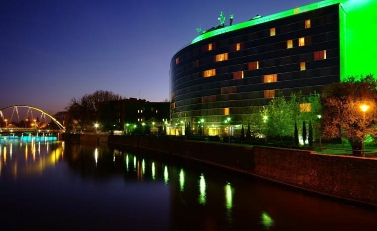 Hotel **** Hotel HP Park Plaza / 1