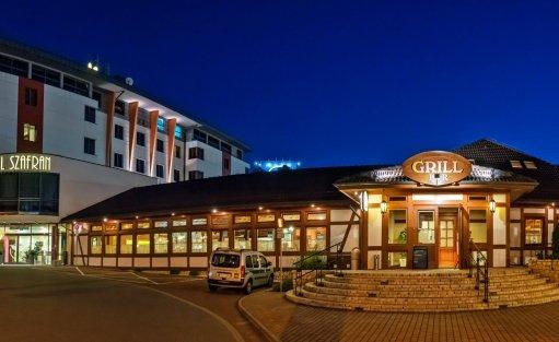 Hotel **** Hotel Szafran **** / 1