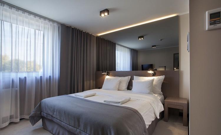 Ilonn Hotel Łóżko typu queen size MojeKonferencje