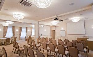 Centrum Szkoleniowo-Konferencyjne HOTEL HERMAN**** Hotel **** / 5