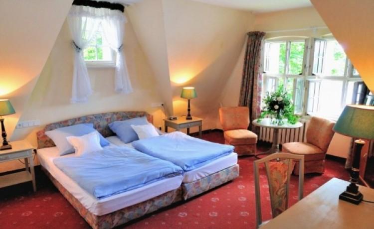 zdjęcie pokoju, *** Hotel Podewils - XV-wieczny Zamek Rycerski w Krąg, Polanów