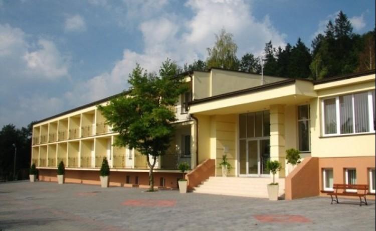 Zajazd i Ośrodek Konferencyjno - Wczasowy Madohora