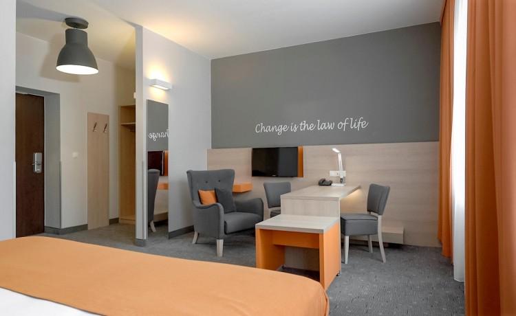 Hotel *** Hotel MDM City Centre / 15