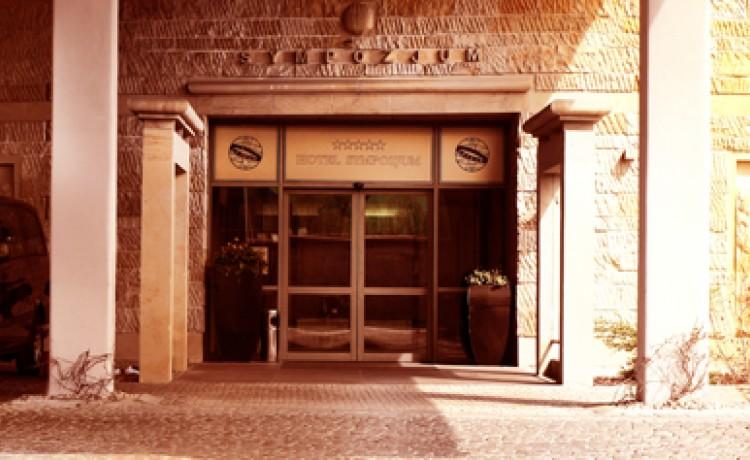 Hotel **** Hotel Sympozjum **** / 3