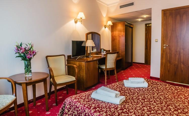 Hotel **** Hotel Sympozjum **** / 11