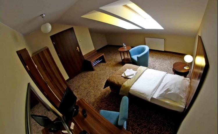 Hotel *** Hotel Cyprus / 4