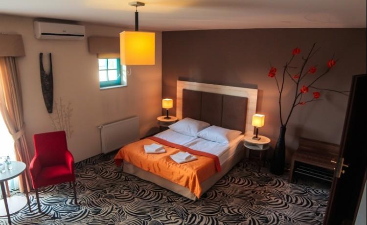 Hotel *** Hotel Cyprus / 1
