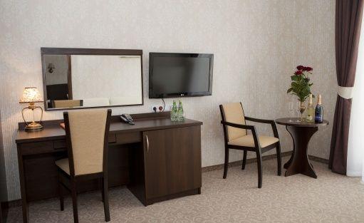 Hotel *** Centrum Konferencyjno-Bankietowe Dwór Dwikozy / 6