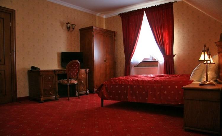 Hotel *** Zespół Dworski Hotel Sarmata*** / 7