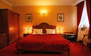 Zespół Dworski Hotel Sarmata*** Hotel *** / 0