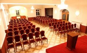 zdjęcie sali konferencyjnej, Pałac Izbicko, Izbicko