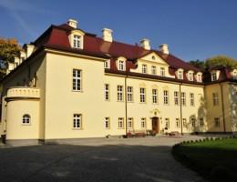 Pałac Izbicko