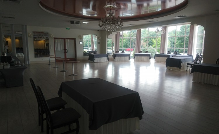 Hotel *** Centrum Hotelowo - Konferencyjne DELICJUSZ / 9