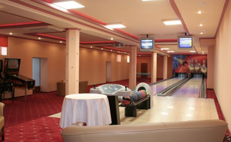 Hotel *** Centrum Hotelowo - Konferencyjne DELICJUSZ / 8