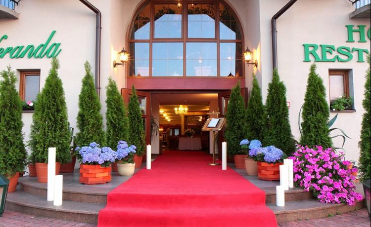 Hotel *** Hotel Restauracja Zielona Weranda / 0