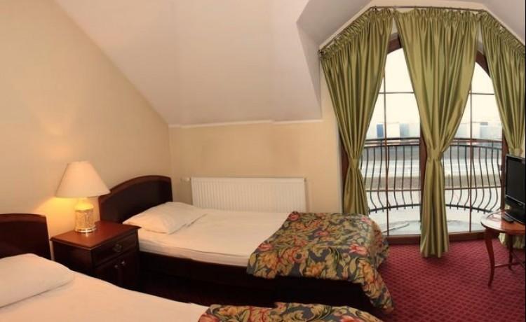 Hotel *** Hotel Restauracja Zielona Weranda / 7