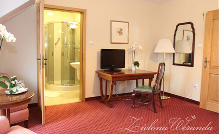 Hotel *** Hotel Restauracja Zielona Weranda / 3