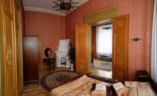 zdjęcie pokoju, Ośrodek Integracji Europejskiej w Rokosowie - Zamek w Rokosowie, Łęka Mała