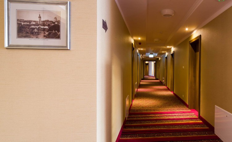 Hotel *** Hotel Esperanto / 4