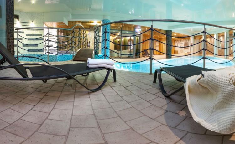 Hotel **** Hotel Galaxy / 45