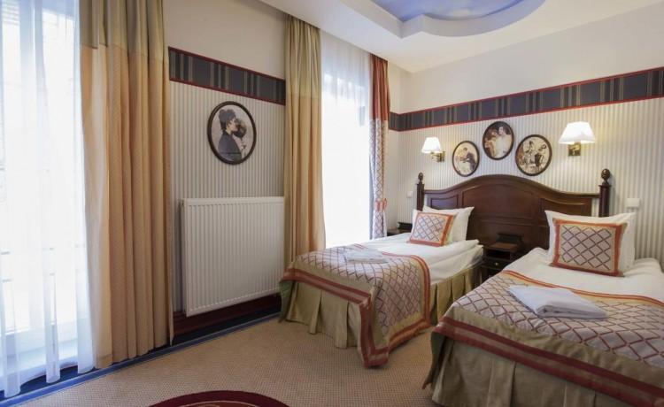 Hotel **** Hotel St. Bruno / 13