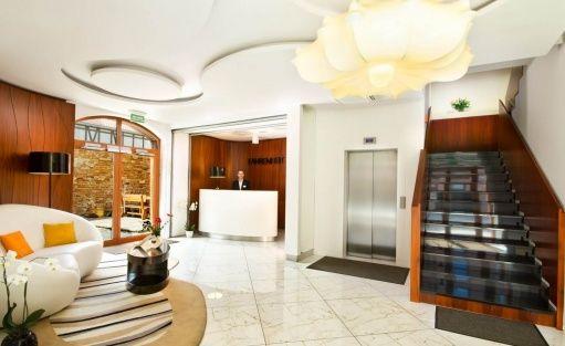 Hotel *** Hotel Fahrenheit  / 0