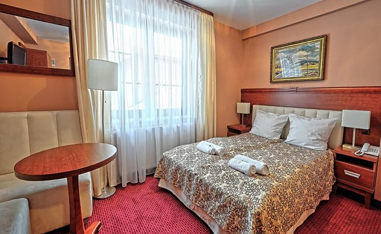 Hotel *** Hotel Modrzewiówka / 3